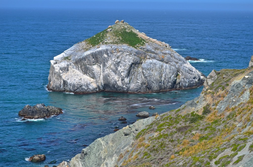 Rock big sur