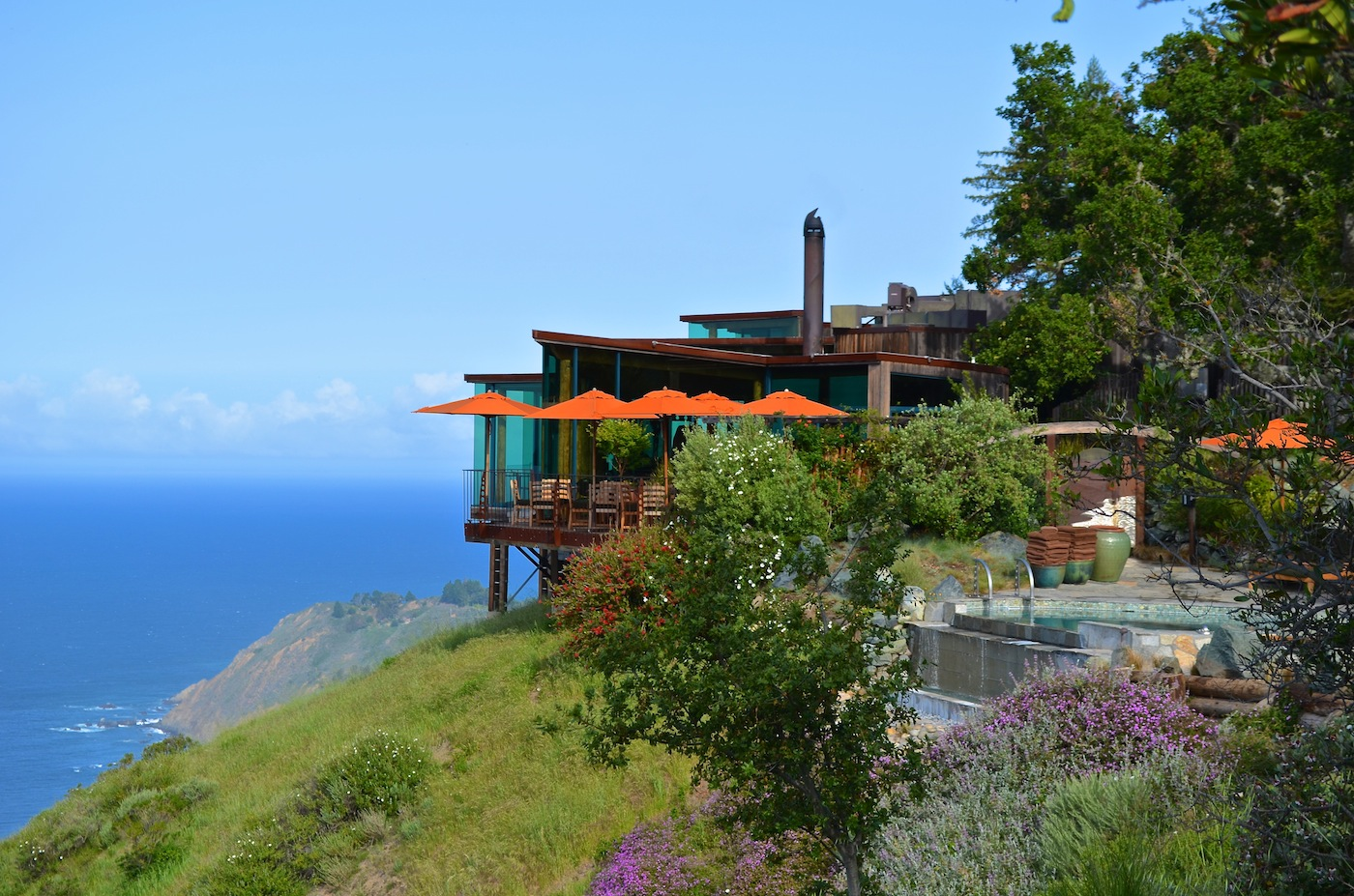The Cliff House Dining Room Resort Report Post Ranch Inn Wildluxe
