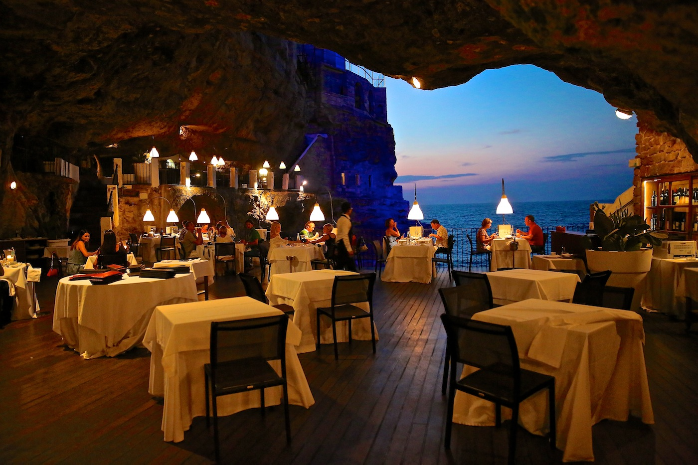 puglia cave restaurant a pinterest sensation explored wildluxe. Black Bedroom Furniture Sets. Home Design Ideas